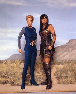 Star Trek Gallery - 7of9_xena_tvguide1.jpg