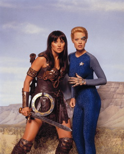 Star Trek Gallery - 7of9_xena_tvguide2.jpg