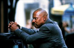 Star Trek Gallery - avery_brooks_2.jpg
