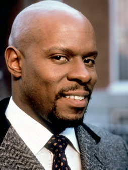Star Trek Gallery - avery_brooks_7.jpg