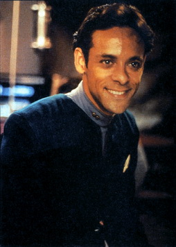 Star Trek Gallery - bashir_smile.jpg