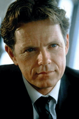 Star Trek Gallery - bruce_greenwood-pike.jpg