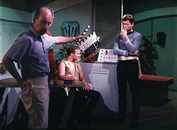 Star Trek Gallery - bts_mirrormirror.jpg