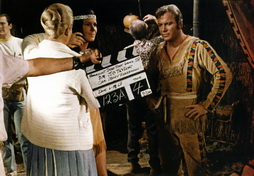 Star Trek Gallery - bts_paradise_syndrome.jpg