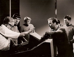 Star Trek Gallery - bts_tos_2.jpg