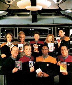 Star Trek Gallery - ends3_vgrcast_books.jpg
