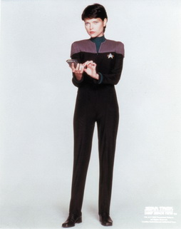 Star Trek Gallery - ezri_whitebg.jpg