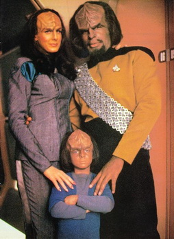 Star Trek Gallery - family_of_worf.jpg