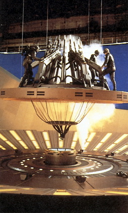 Star Trek Gallery - filming_deflector_dish.jpg