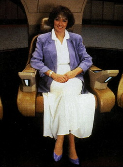 Star Trek Gallery - jeri_taylor_tng_chair.jpg