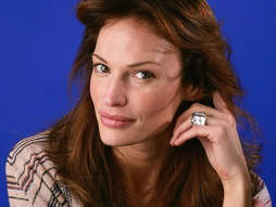 Star Trek Gallery - jolene_blalock_5.jpg