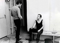 Star Trek Gallery - kelly_shatner_smoke_bts.jpg