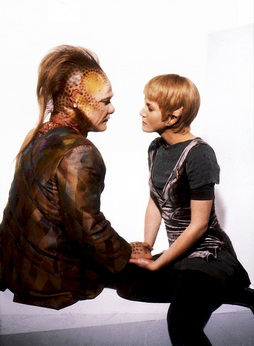 Star Trek Gallery - kes_and_neelix_rejected1.jpg