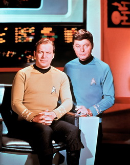 Star Trek Gallery - kirk_mccoy_pb3_HQ.jpg