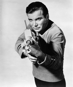 Star Trek Gallery - kirk_rifle.jpg
