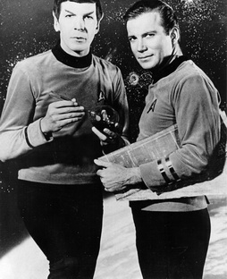 Star Trek Gallery - kirk_spock_old.jpg