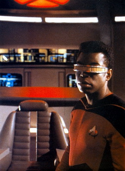 Star Trek Gallery - laforge_commands_battlebridge.jpg