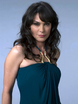 Star Trek Gallery - michelle_forbes_2.jpg