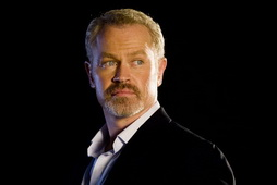 Star Trek Gallery - neal_mcdonough-lt_hawk.jpg