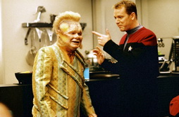 Star Trek Gallery - neelix_paris.jpg