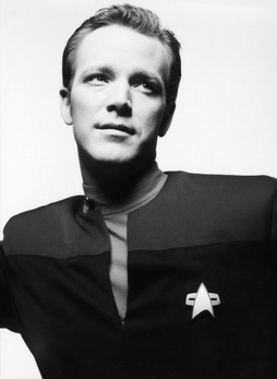 Star Trek Gallery - paris_bw_reject1b.jpg