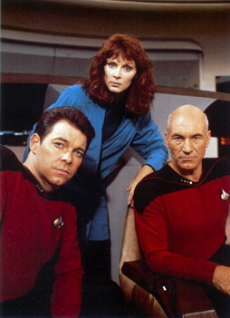 Star Trek Gallery - riker_crusher_picard01.jpg