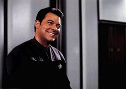 Star Trek Gallery - riker_smooth.jpg