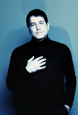 Star Trek Gallery - robert_beltran_3.jpg