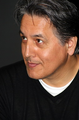 Star Trek Gallery - robert_beltran_5.jpg