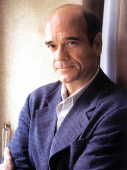 Star Trek Gallery - robert_picardo.jpg