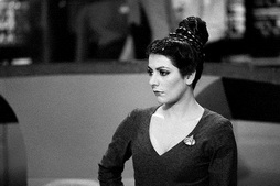 Star Trek Gallery - sirtis01.jpg