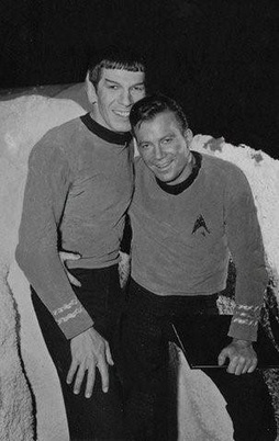 Star Trek Gallery - spock_and_kirk.jpg
