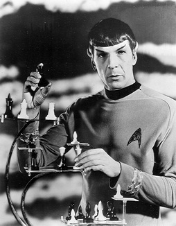 Star Trek Gallery - spock_chess_pb.jpg