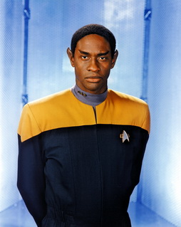Star Trek Gallery - tuvok_s7b.jpg