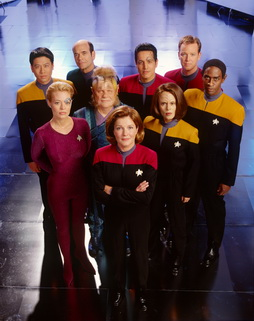 Star Trek Gallery - cast_s7a.jpg
