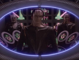 Star Trek Gallery - bloodandwater_296.jpg