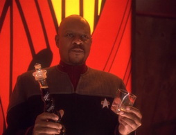 Star Trek Gallery - bloodandwater_453.jpg