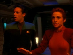 Star Trek Gallery - crossover_033.jpg
