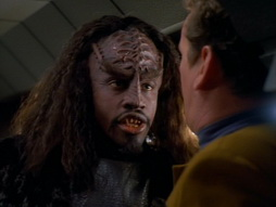 Star Trek Gallery - invasive_038.jpg