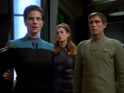 Star Trek Gallery - invasive_104.jpg