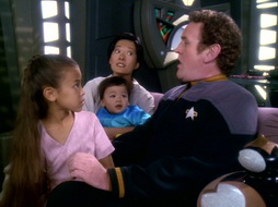 Star Trek Gallery - leave_behind_029.jpg