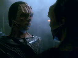 Star Trek Gallery - leave_behind_281.jpg