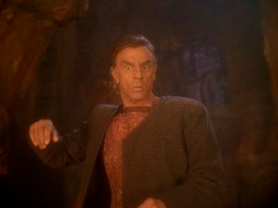 Star Trek Gallery - leave_behind_342.jpg