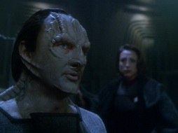 Star Trek Gallery - leave_behind_349.jpg
