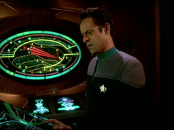 Star Trek Gallery - leave_behind_475.jpg