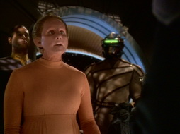 Star Trek Gallery - leave_behind_486.jpg