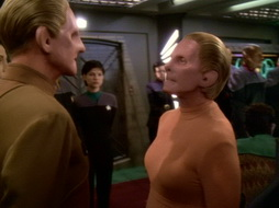 Star Trek Gallery - leave_behind_489.jpg
