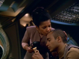 Star Trek Gallery - leave_behind_608.jpg