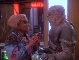 Star Trek Gallery - littlegreenmen_071.jpg