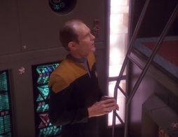 Star Trek Gallery - ourmanbashir_127.jpg